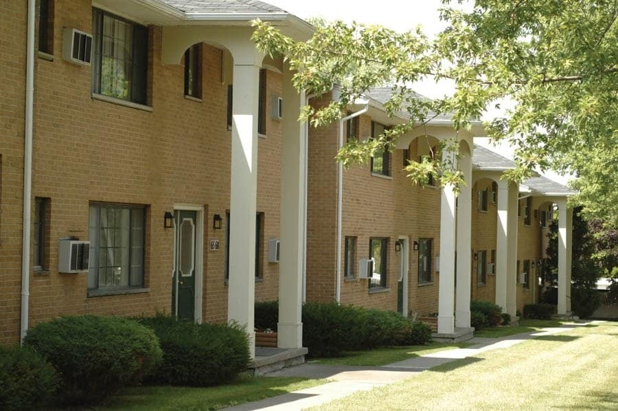 come see our apartments for rent in Webster