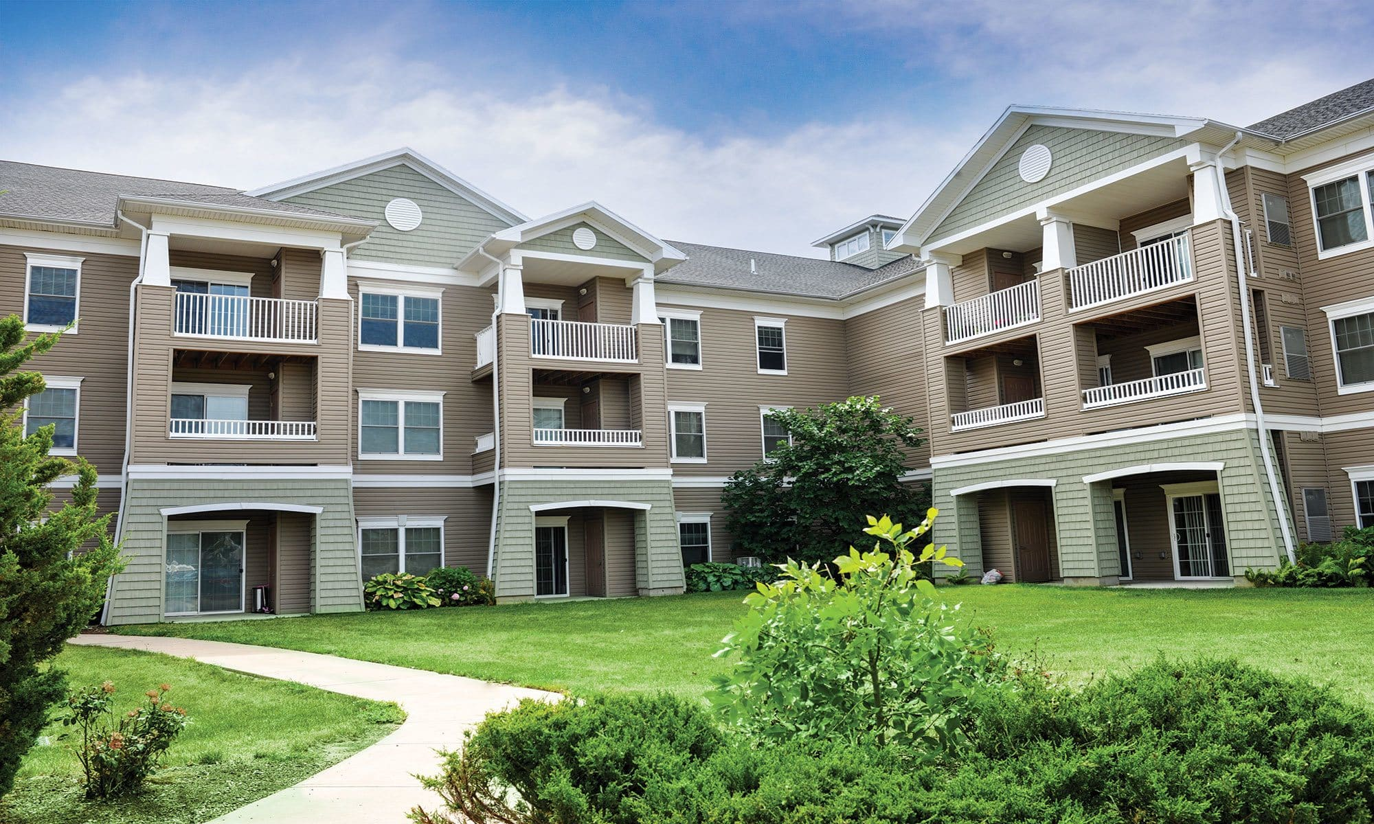 Welcome to Greenwood Cove Apartments in Rochester, NY