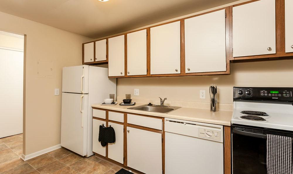 Example kitchen at apartments available to rent in Brockport NY
