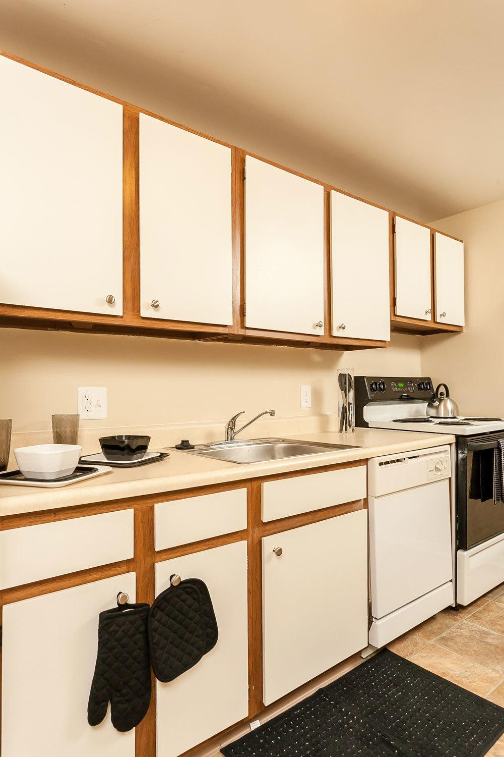 Example kitchen at apartments to rent in Brockport NY