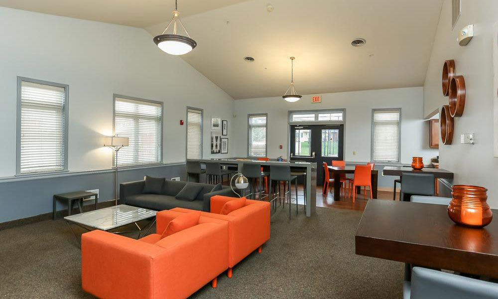 Community couches at CenterPointe Apartments and Townhomes