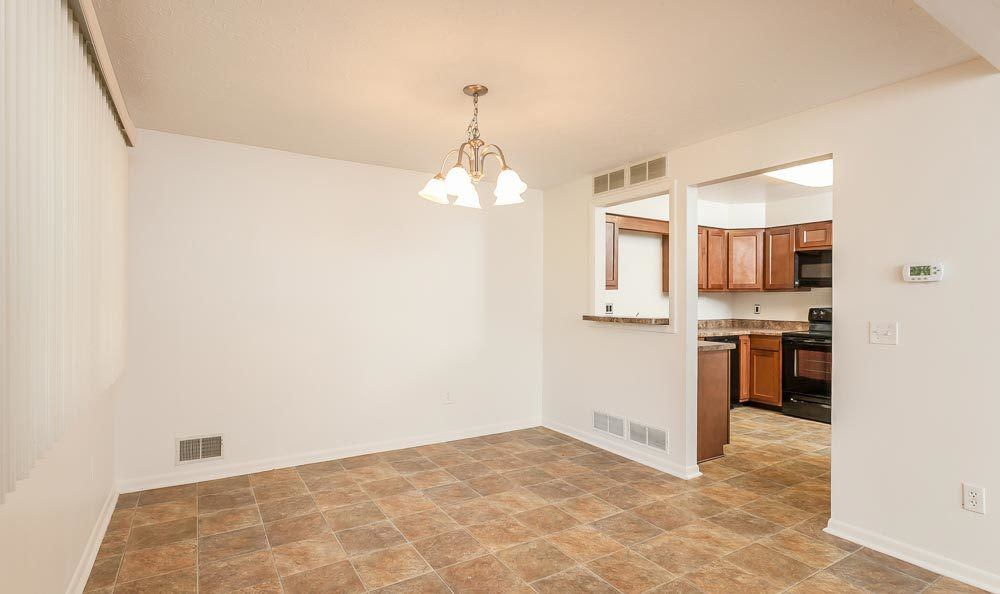 dining room at CenterPointe Apartments and Townhomes in Canandaigua, NY
