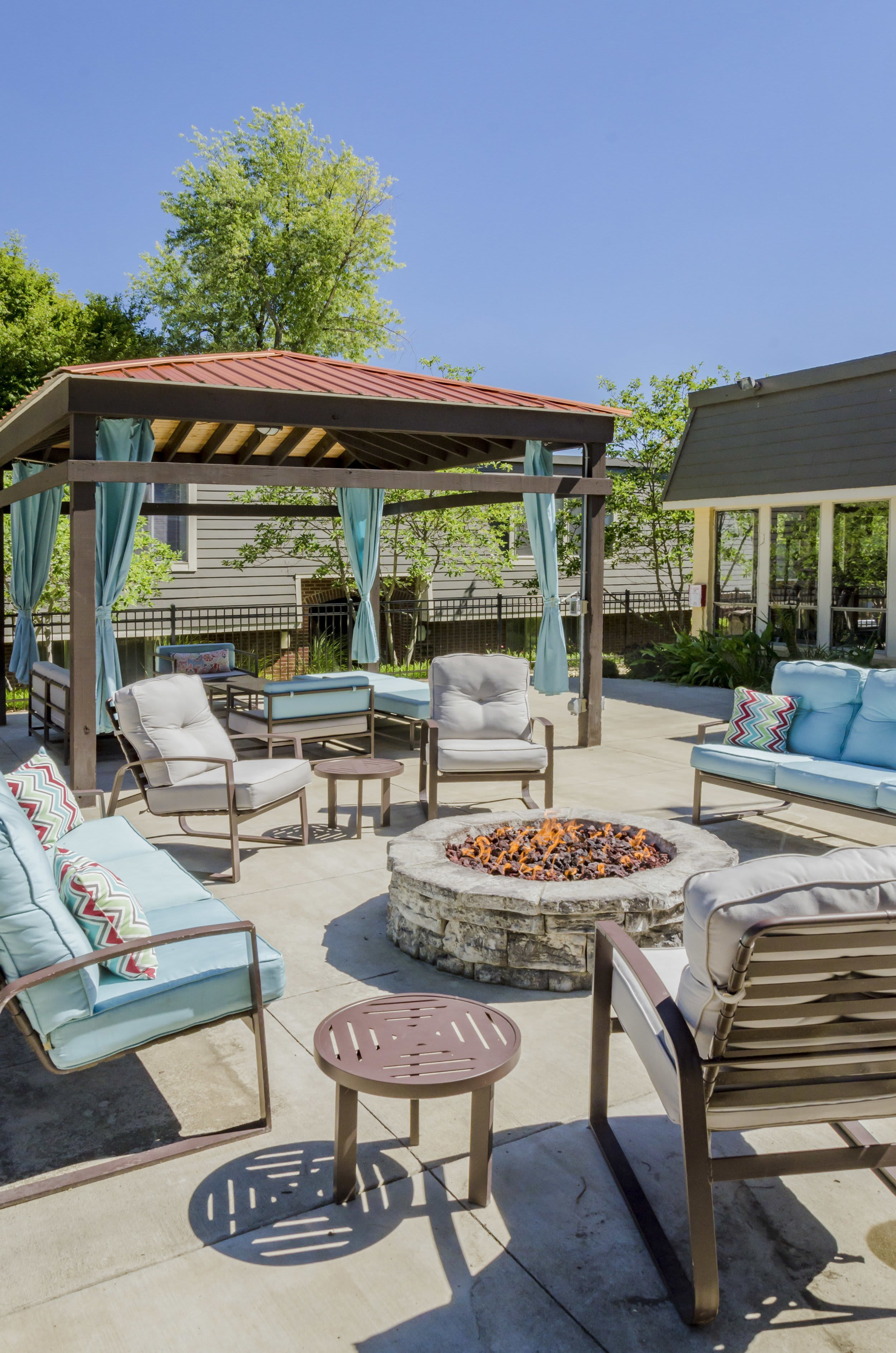 Sun Deck at One Hundred Chevy Chase in Lexington, KY