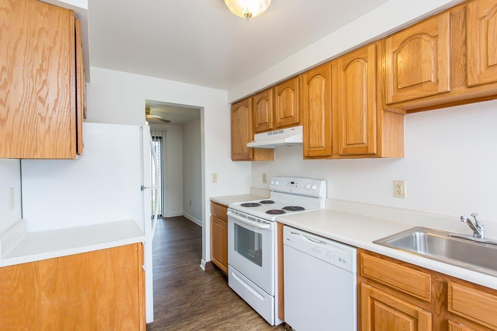 Example kitchen at Riverton Knolls