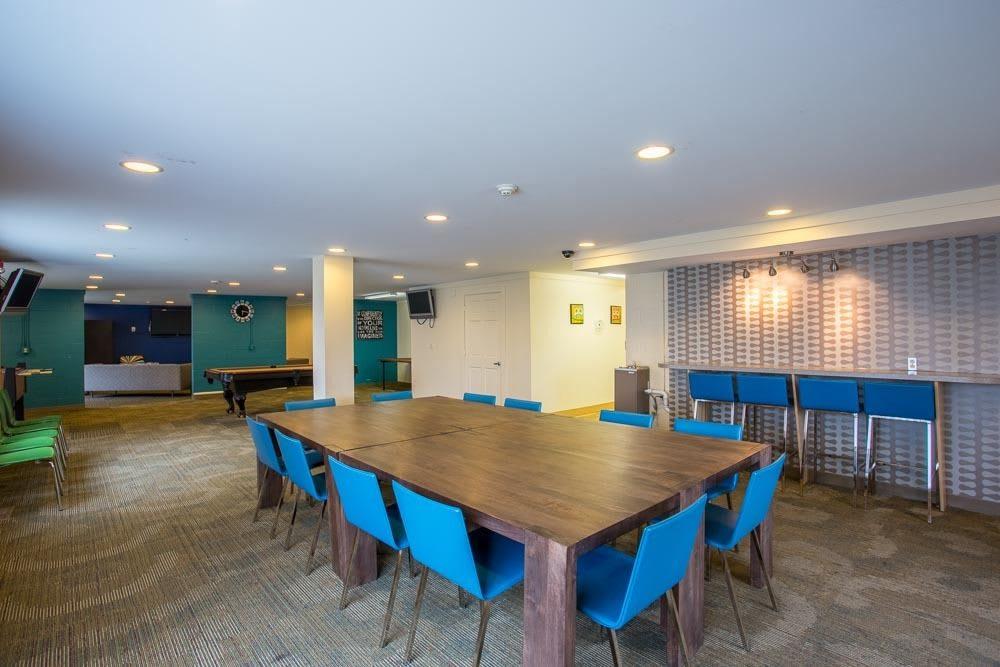 Community dining room at Riverton Knolls in West Henrietta, NY