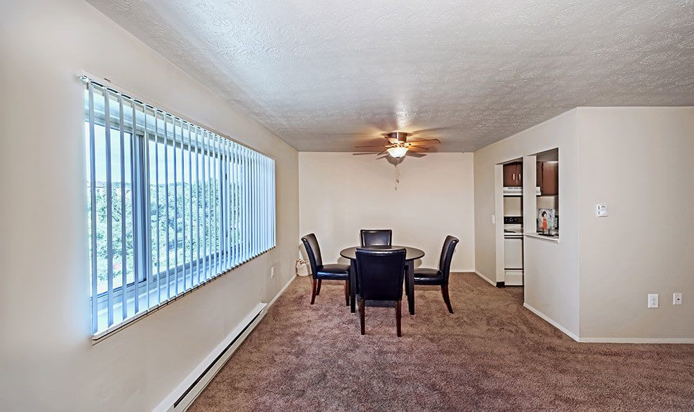 Dining room at South Park apartments