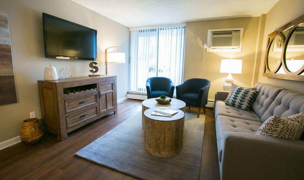 Living Room at Solon Club Apartments
