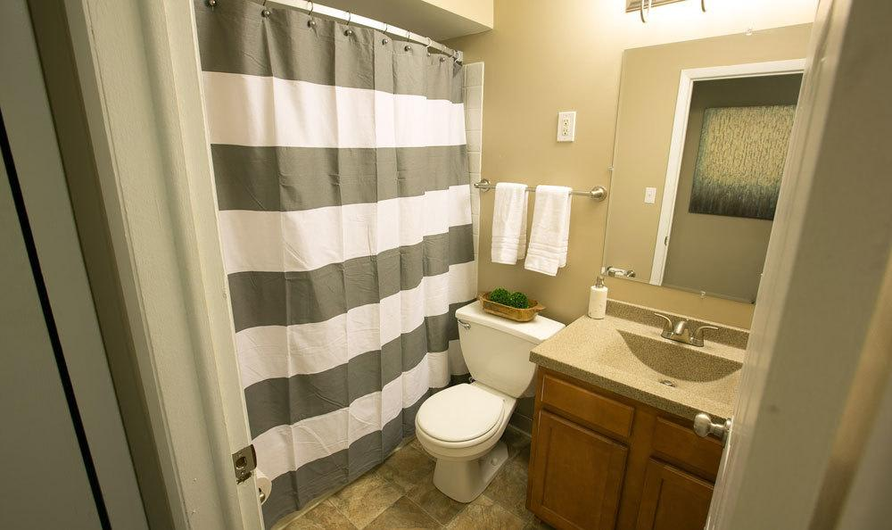 Model bathroom at Solon Club Apartments in Oakwood Village, OH