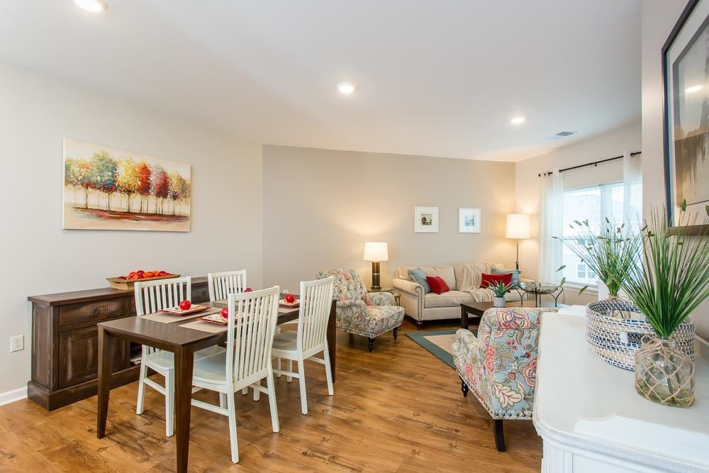 Bright dining room at Webster apartments