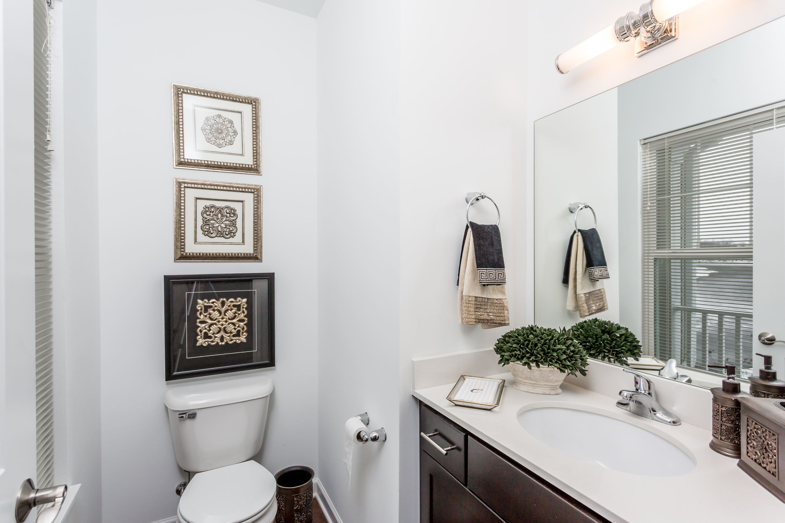 Nice clean bathroom in our Canandaigua, NY apartments