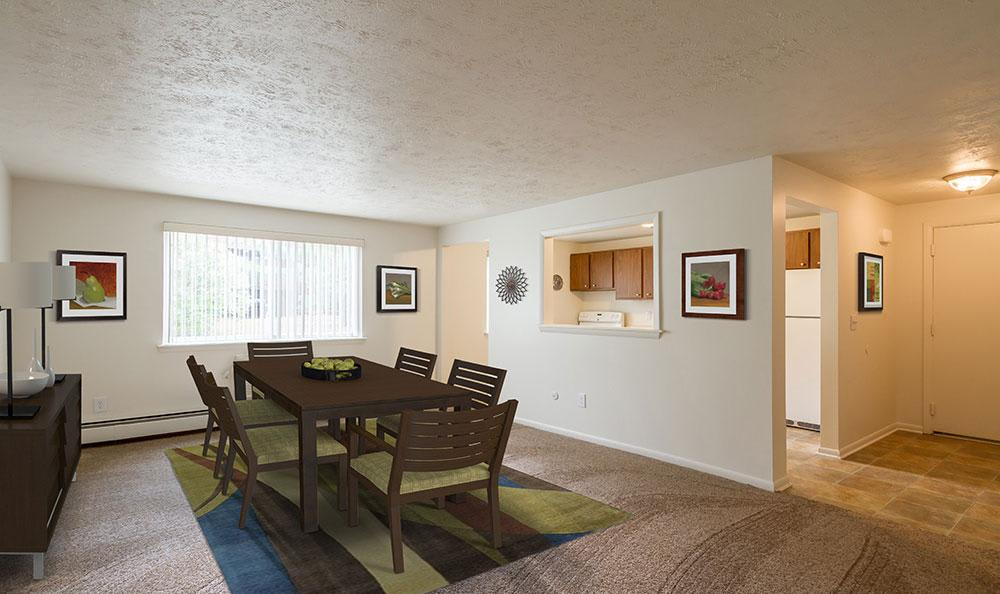 dining room at Highview Manor Apartments in Fairport, NY