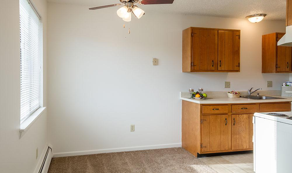 Dining area and Kitchen Entrance at Knollwood Manor Apartments apartments for rent in Fairport