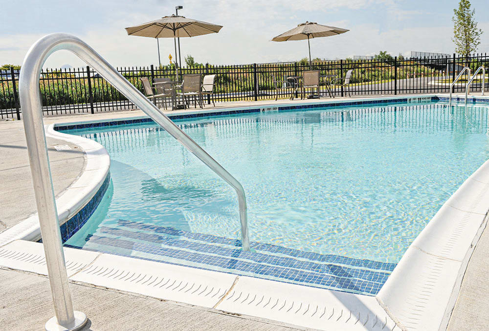 Ethan Pointe Apartments Swimming Pool in Rochester, NY