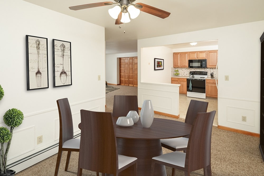 Green Lake Apartments Dining Table in Orchard Park, NY
