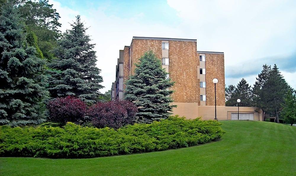 Park Guilderland Apartments Building And Landscaping in Guilderland Center, NY