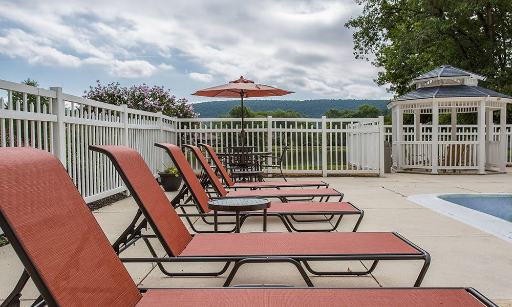Resting by the pool at the end of the day couldn't be better. Emerald Springs Apartments is the place to live