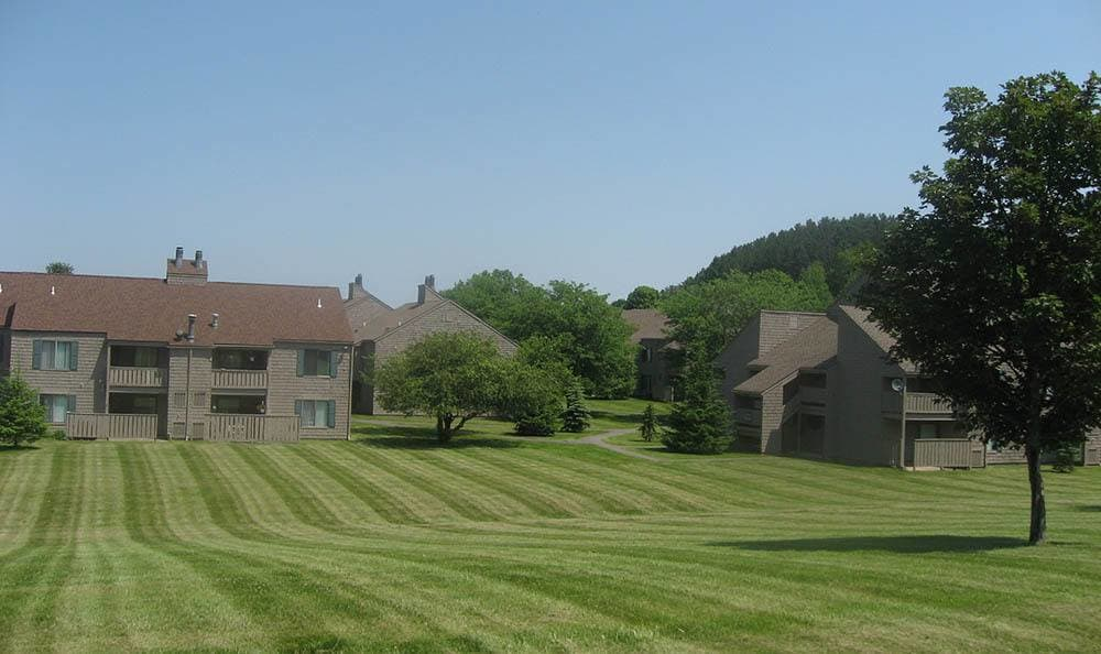 The grounds at apartments in Camillus, NY