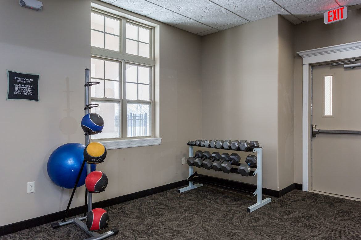 Stay healthy in our well equipped fitness center at Gateway Landing on the Canal