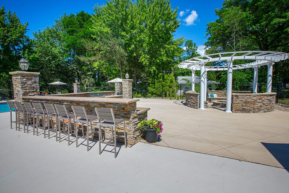 Spacious bbq area at Hunter's Chase Apartments in Westlake, OH