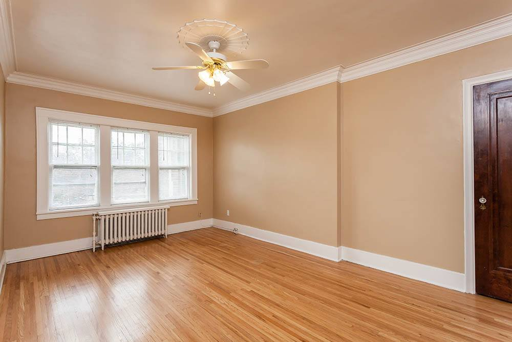 Sunlit Living Rooms in Rochester NY
