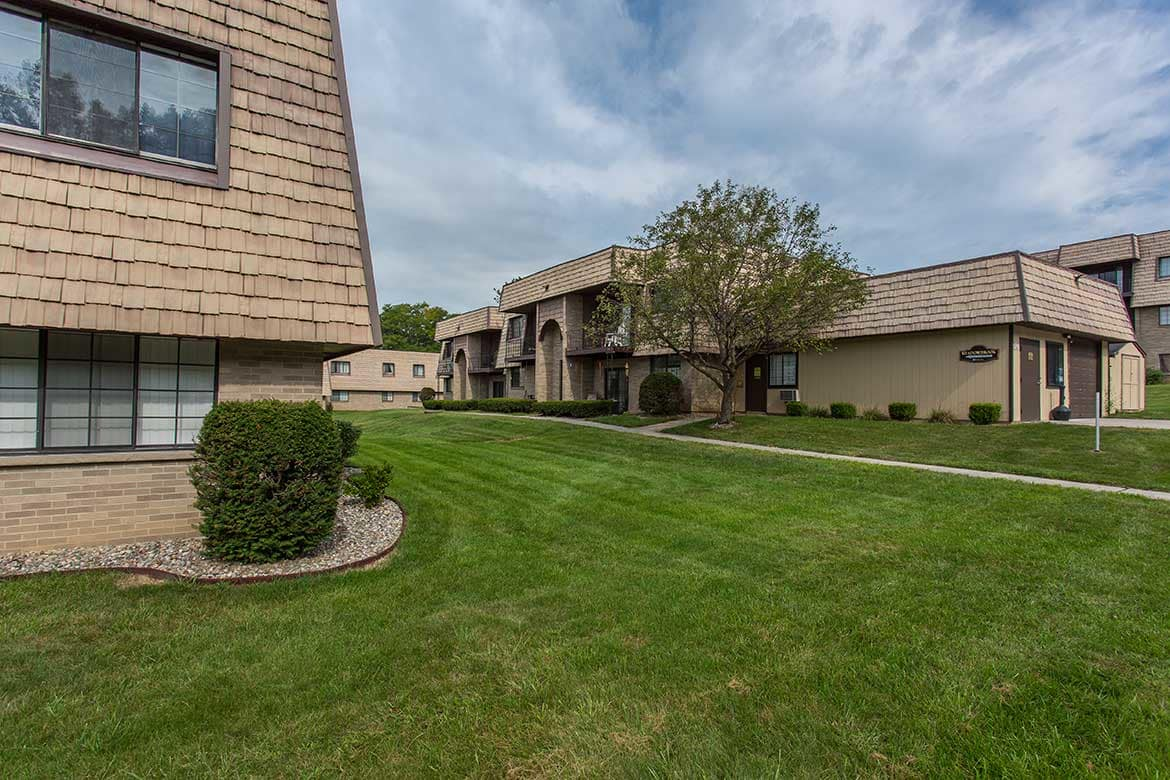 Meadowbrook Apartments offers residents with a large yard.