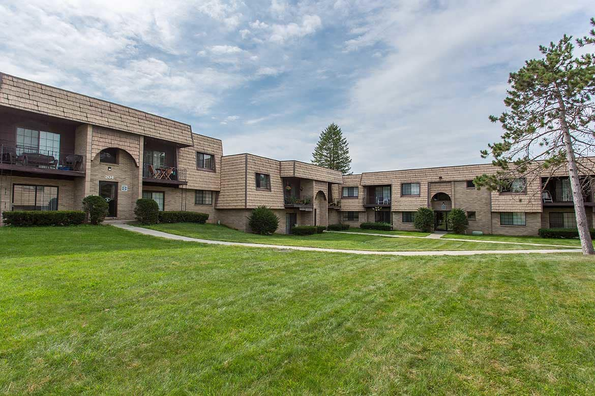 Meadowbrook Apartments will become your perfect home.