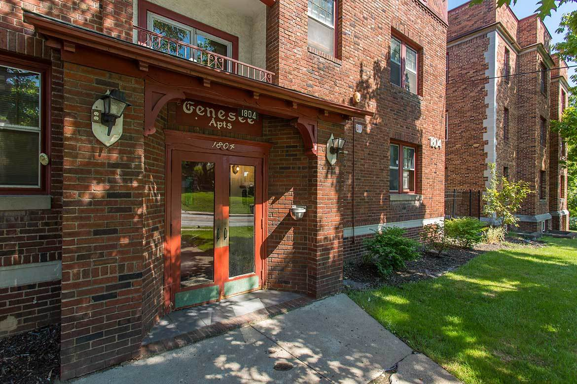 Frontenac/Genesee is ideally located in Syracuse, NY