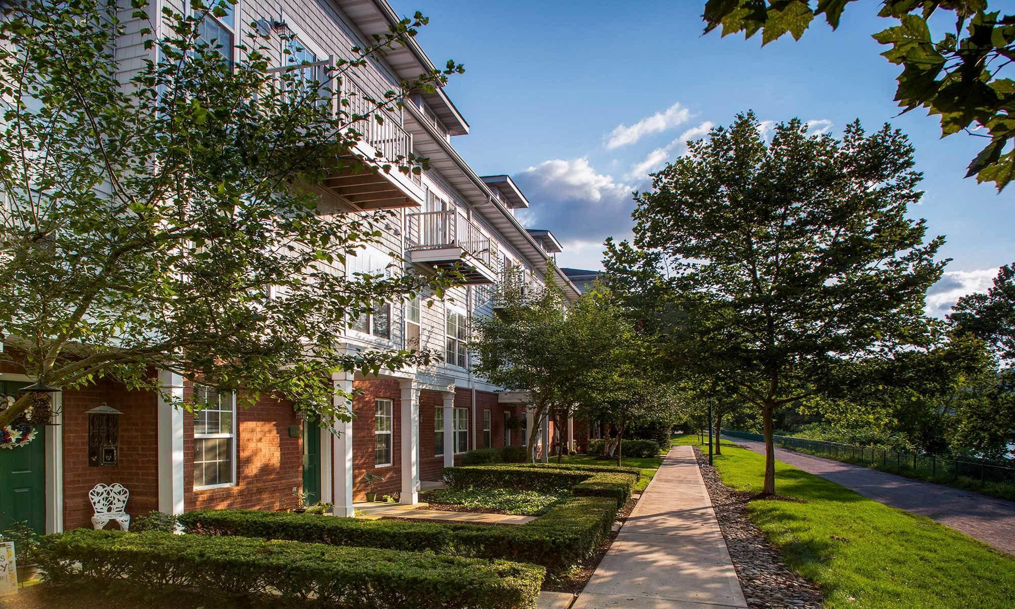 Munhall, PA luxury apartments exterior.