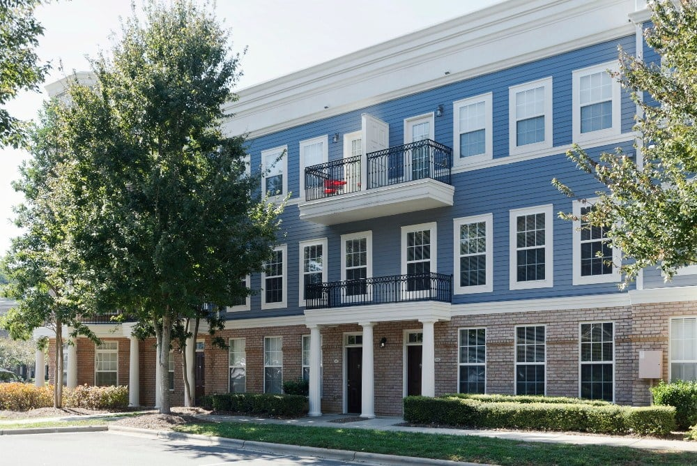 Call Worthington Luxury Apartments home in Charlotte NC