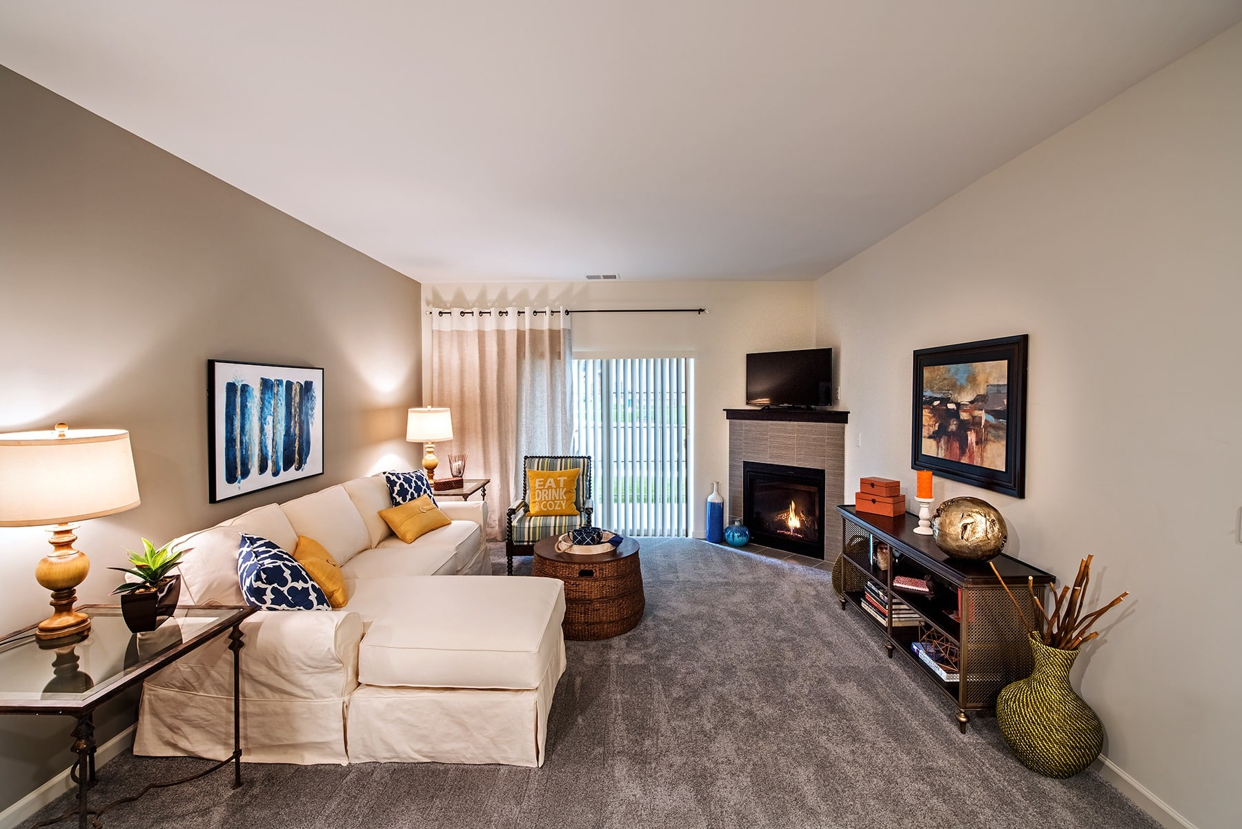 spacious living room  in Cranberry Township, PA