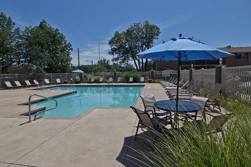 Clean pool amenities at our Fort Wayne, IN apartments