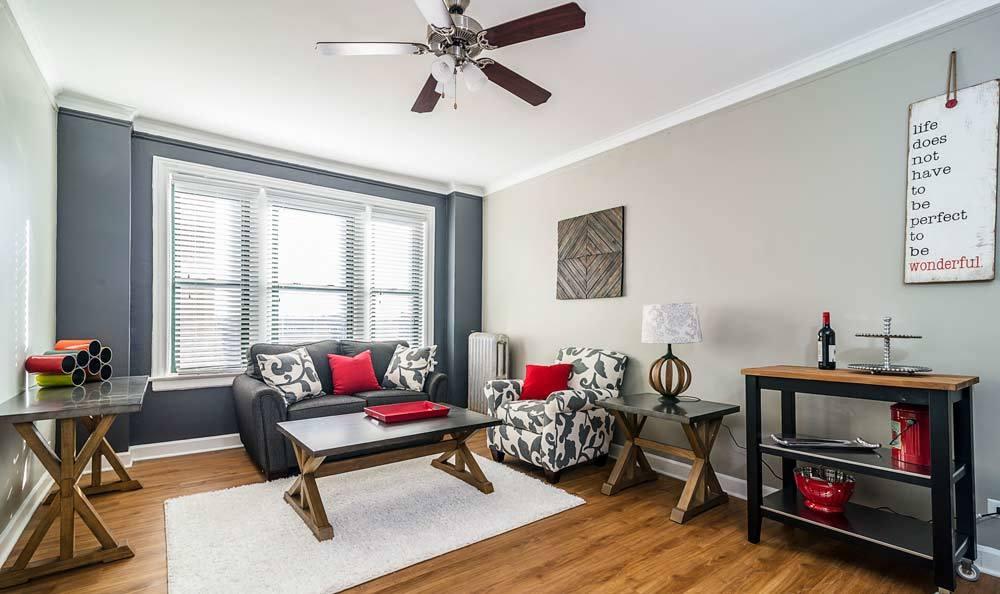 Living room at 7100 South Shore Drive Apartments