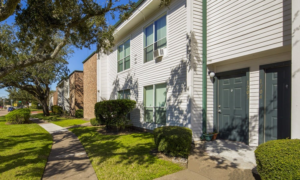 University Green are spacious apartments to rent in Houston TX
