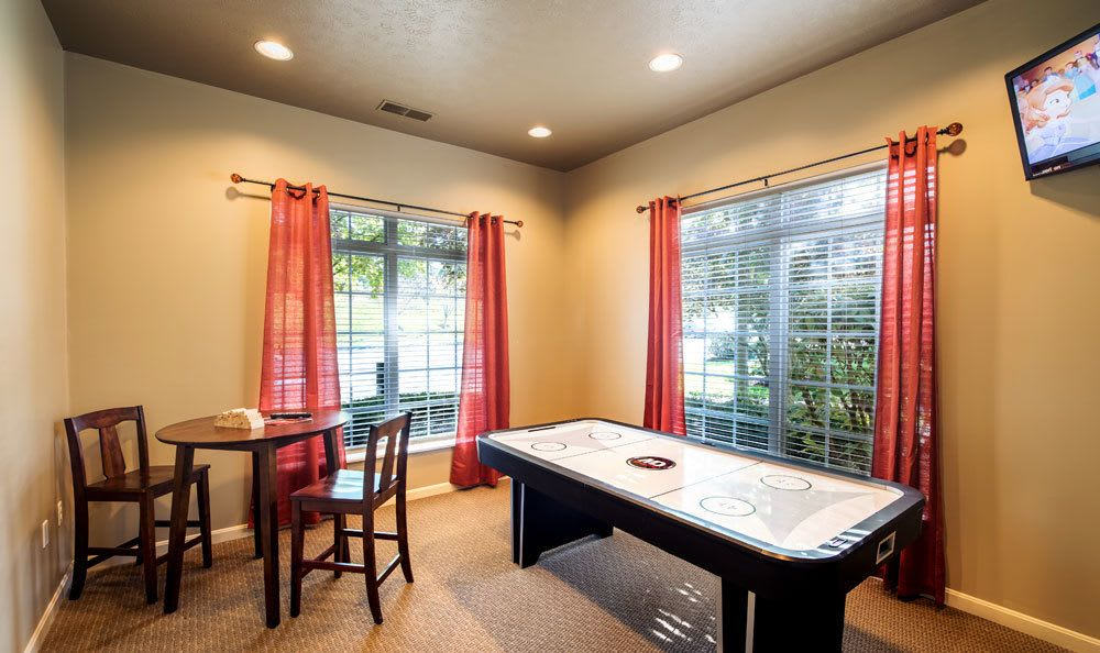 Gaming center at Waterford Nevillewood Apartments in Presto, PA