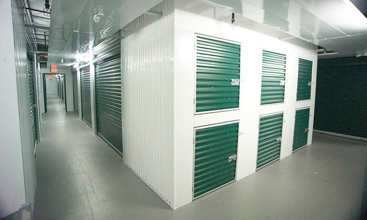 Storage features offered at Compass Self Storage in Bradenton