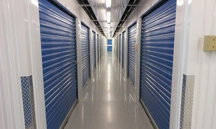 Storage features offered at Compass Self Storage in Tampa