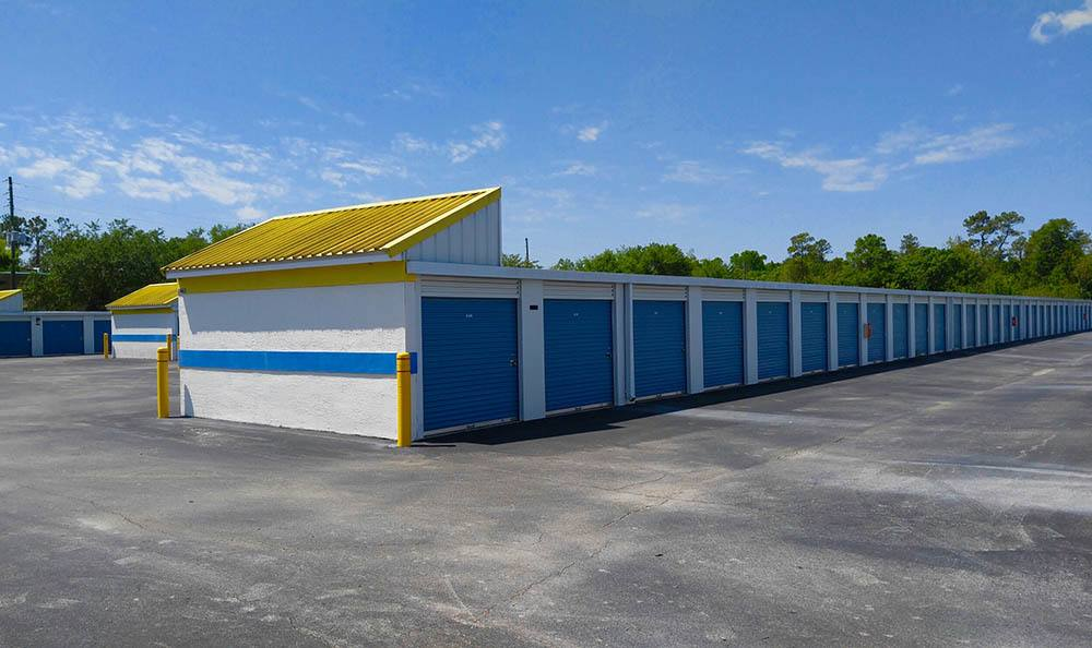 Storage features offered at Compass Self Storage in Oviedo