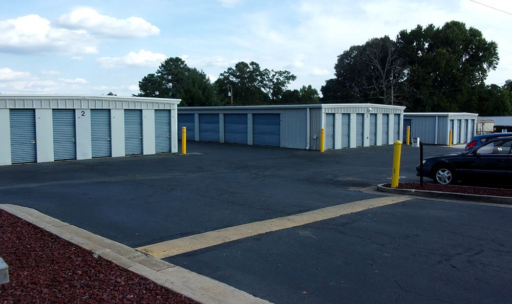 Storage features offered at Compass Self Storage in Acworth