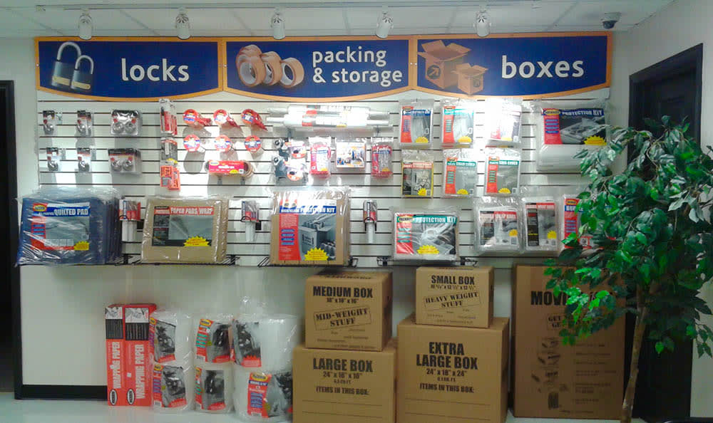 Storage features offered at Compass Self Storage in Conyers