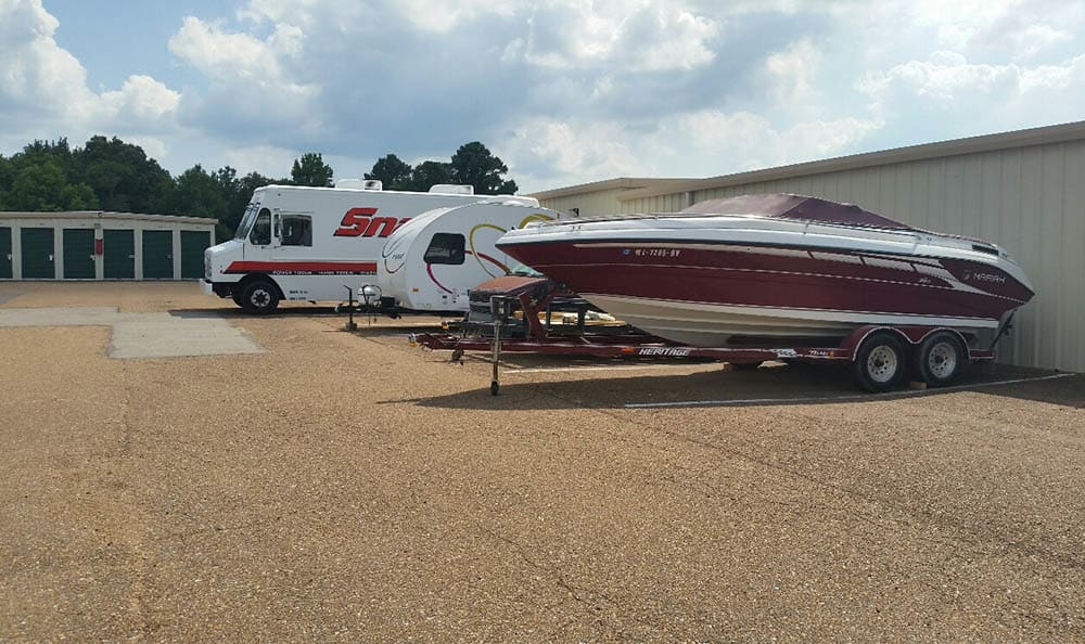Boat And Rv Parking at Compass Self Storage in Nesbit, MS