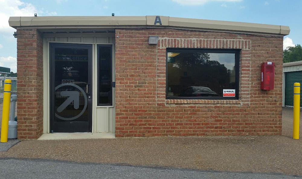 Rental Office at Compass Self Storage in Nesbit, MS