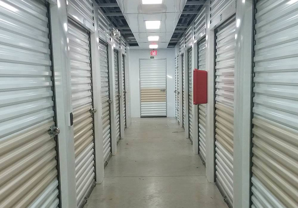 Storage features offered at Compass Self Storage in Orlando