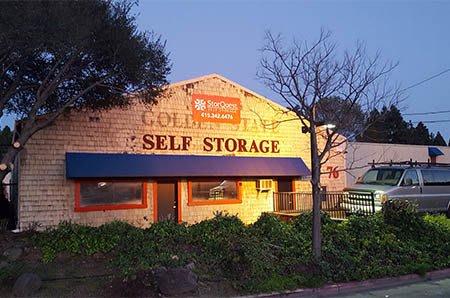 Night time exterior shot of StorQuest Self Storage in San Rafael