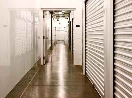 Sizes and prices of Oxnard self storage units