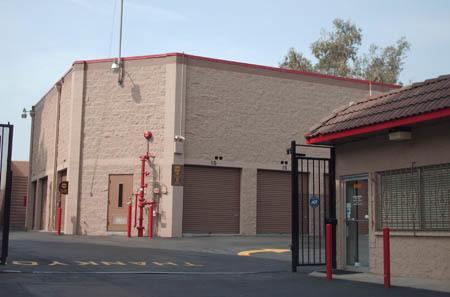 Self storage building exterior in West Los Angeles