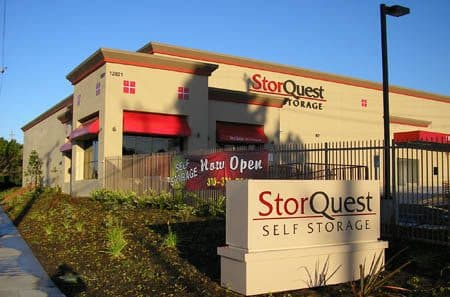 Los Angeles self storage sign