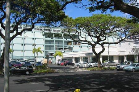 Self storage building exterior in Honolulu