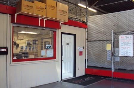 Climate-controlled storage units and more at StorQuest Honolulu