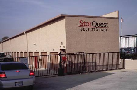 Self storage building exterior in San Fernando
