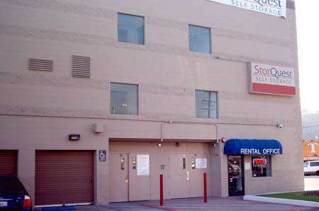 Self storage building exterior in Los Angeles
